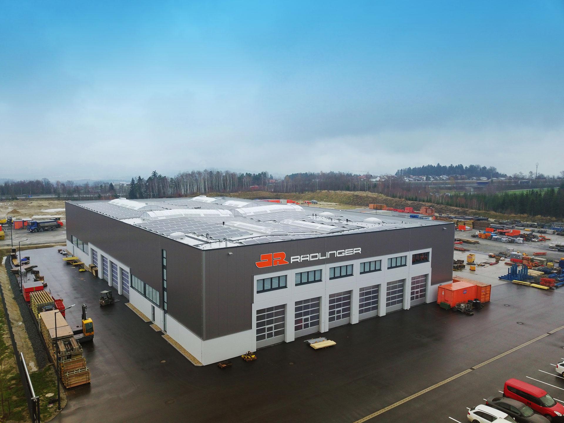 Rädlinger Neubau Werkstatt – Lagerhalle in Windorf